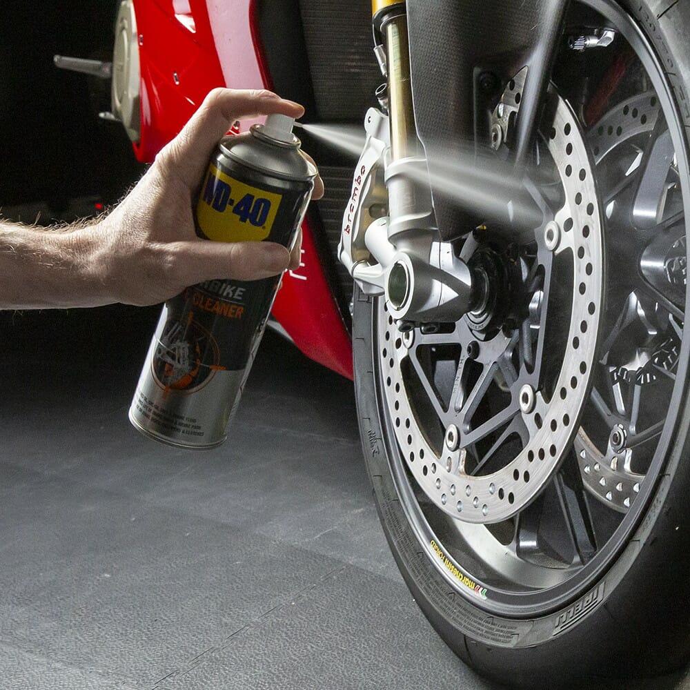 uk wd40 motorbike brake cleaner 500ml usage 1