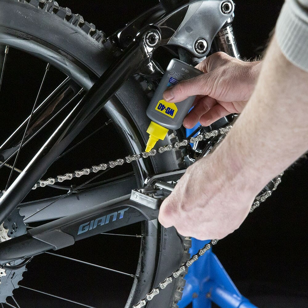 uk wd40 bike dry lube 100ml usage 1