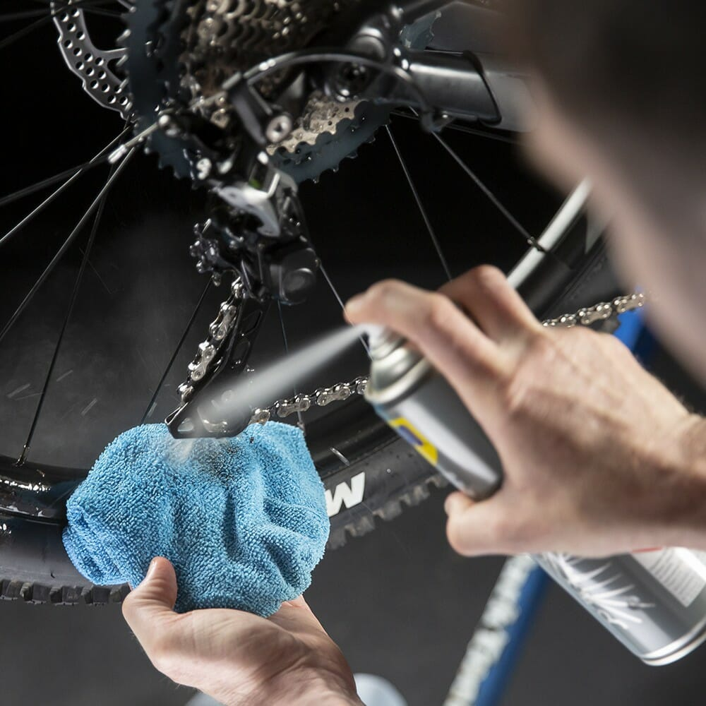 uk wd40 bike degreaser 250ml usage 2