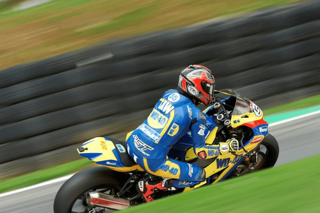 BSB at Brands Hatch - Hair-Raising End to the Season for Mason Law